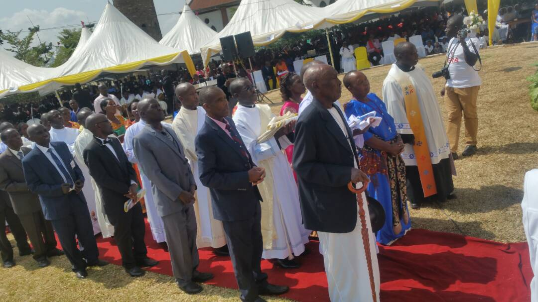 Catholic faithful follow the Mass. Courtesy photo