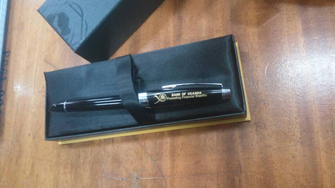 One of BoU commemorative pens which was displayed before the committee. Photo by Beatrice Leni.