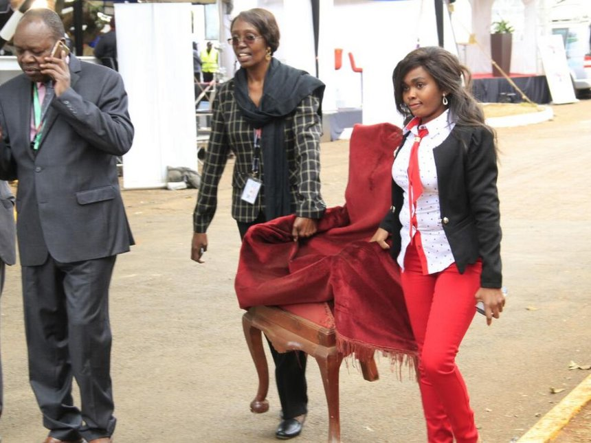 The president's chair arrives at the Bomas of Kenya national tallying centre ahead of IEBC's announcement of Kenya's president. ./MONICAH MWANGI