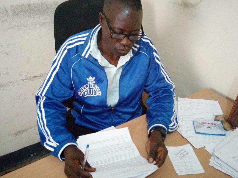Makumbi puts pen to paper with Mbarara City. Shaban Lubega.
