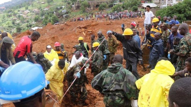 The search for victims of the deadly mudslide ongoing in Regent, Sierra Leone. BBC picture.