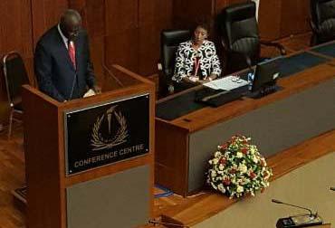 Chief Justice Bart Katureebe makes his presentation.