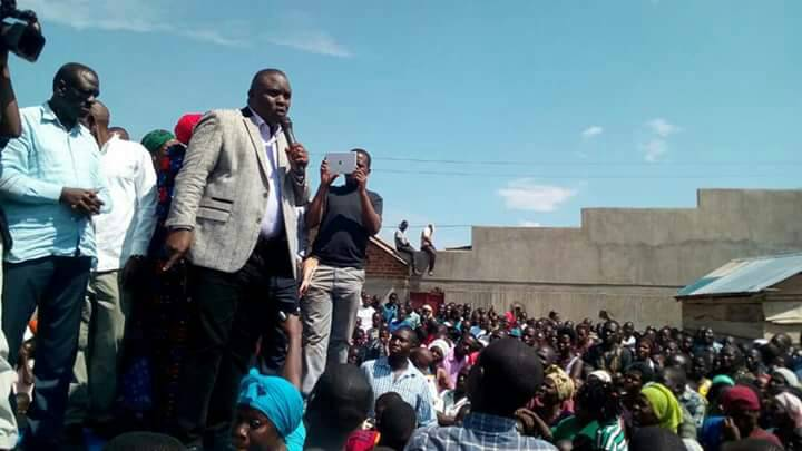 Lukwago campaigns for FDC's Nantale during one of the rallies. Photo by Raymond Mayanja.