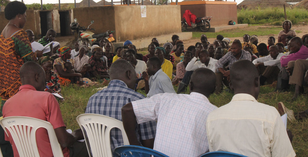 MP, Lillian Adong talks to people during age limit consultation meeting in in Purongo, in Nwoya district yesterday. Photo by David Okema.