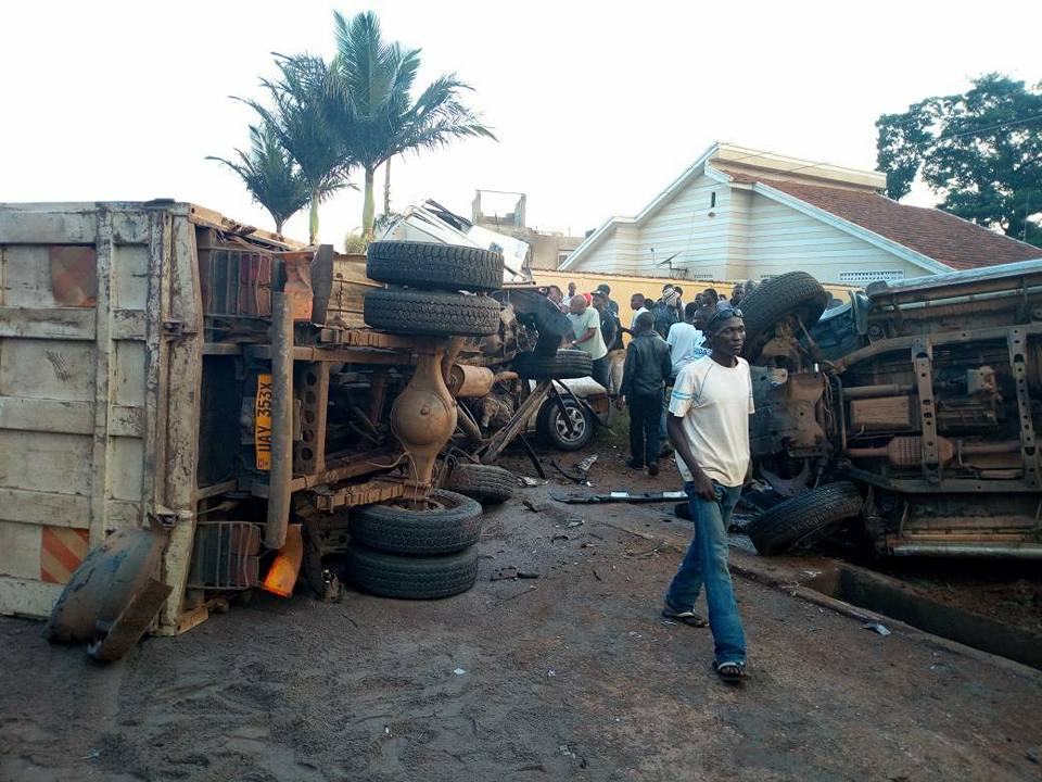 The wreckage of some of the vehicles that were involved in he accident.