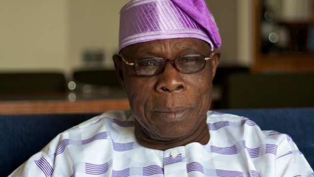 Ex-Nigerian president Olusegun Obasanjo is reportedly in Kenya to convince longtime friend Raila to drop his January 30 swearing in plans.