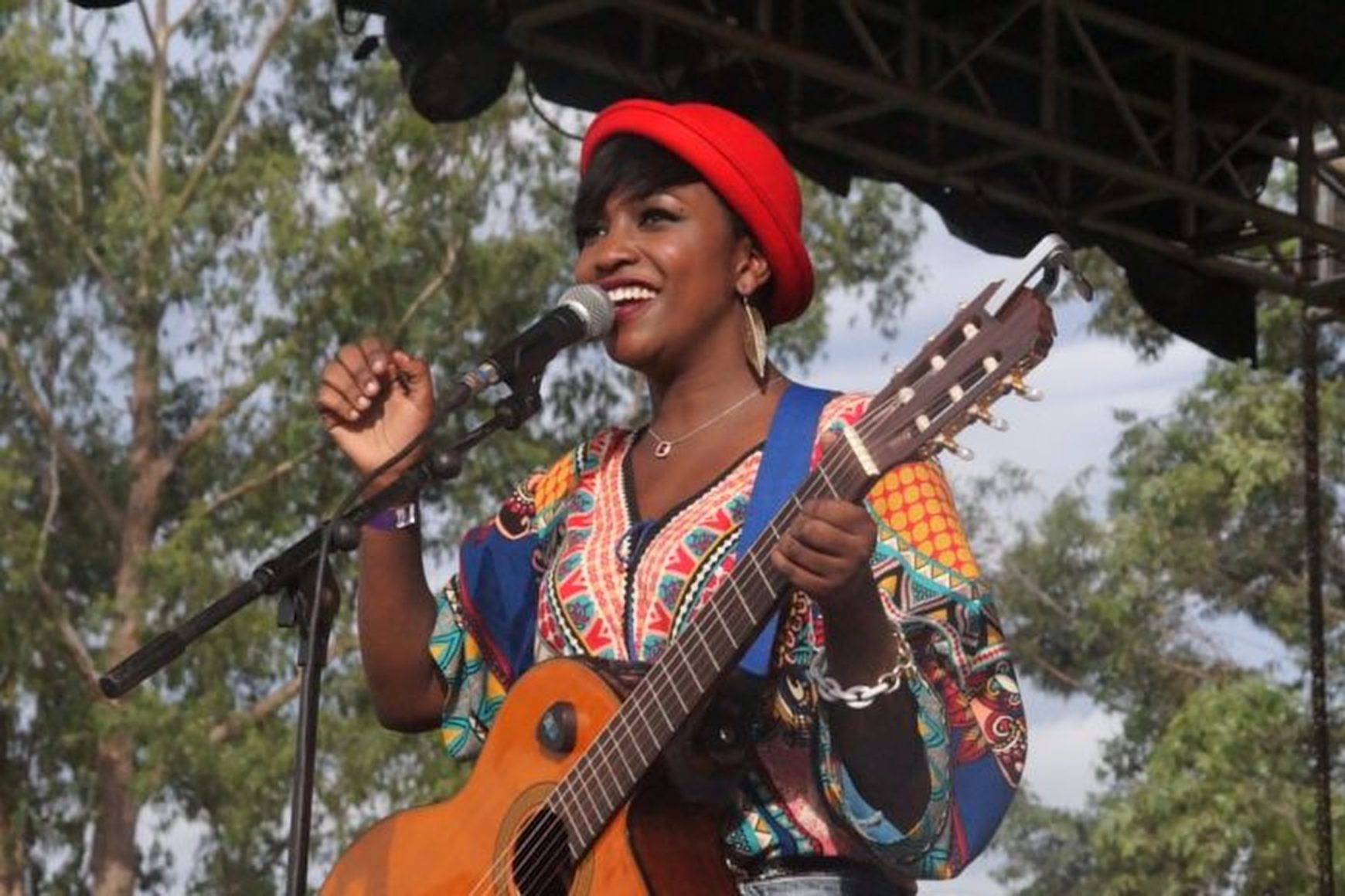 The talented artiste _ex-Swangz Avenue signee, Irene Ntale ([FILE PHOTO)