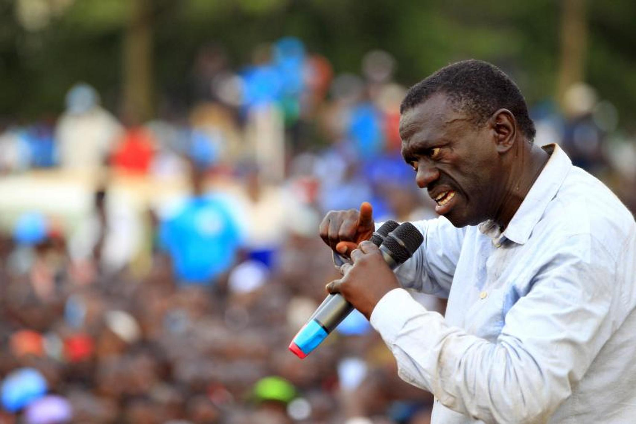 Kizza Besigye at a rally in Jinja Uganda (COURTESY PHOTO)