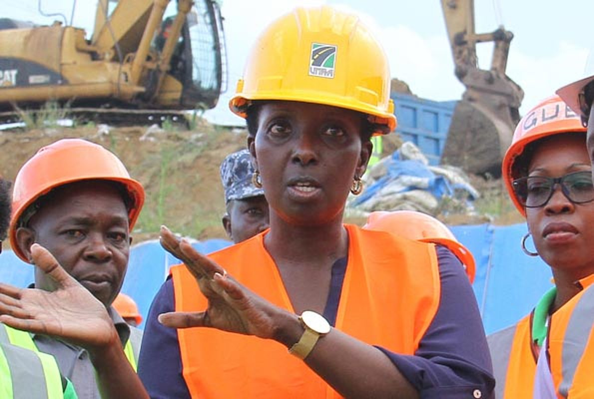 UNRA Executive director Allen Kagina stresses a point recently (UNRA Photo)
