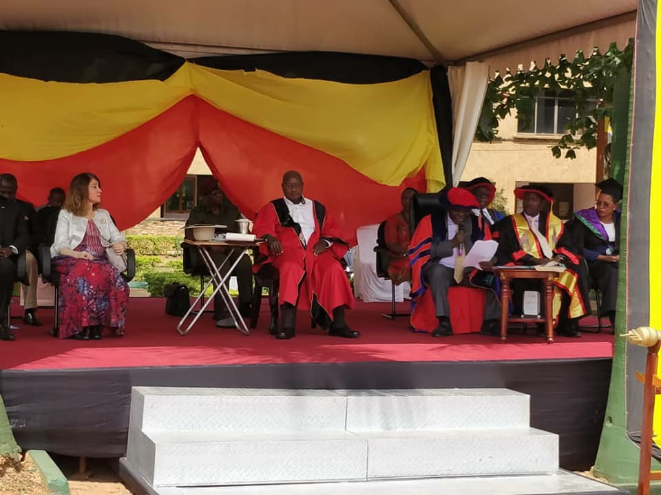 The Chief Guest at the KIU graduation, President Museveni take seat as the procession ensues (PPU Photo)