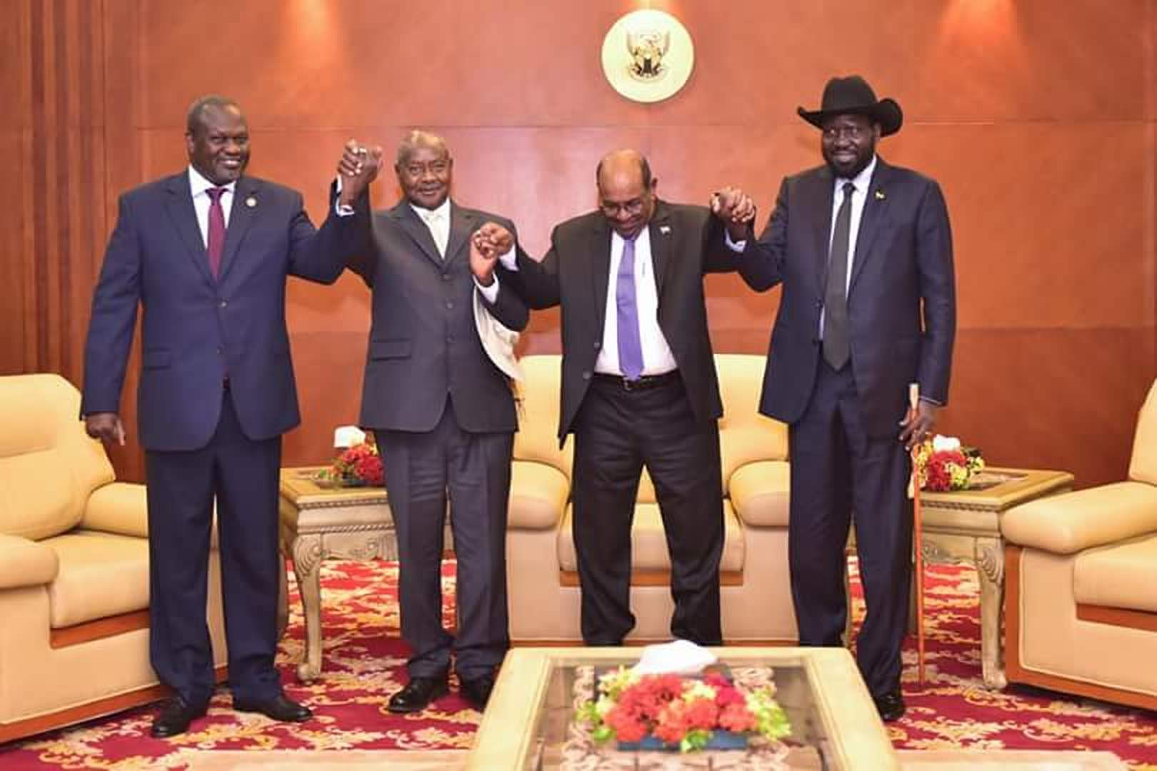 South Sudan President Salvar Kiir and Erieke Machar held a dialogue graced by Sudanese President Omer al-Bashir and Ugandan President Yoweri Museveni (PPU Photo)