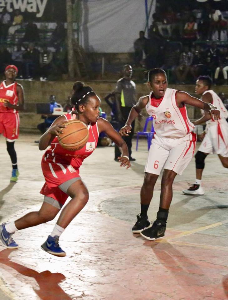 The loss was JKL Lady Dolphin's (in white) first loss of the season (Photo by FUBA Media)