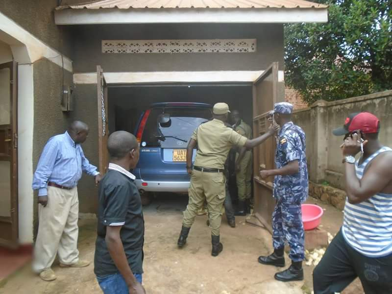 Police officers discovered other stolen cars and car spare parts at the house where they tracked the reported car.
