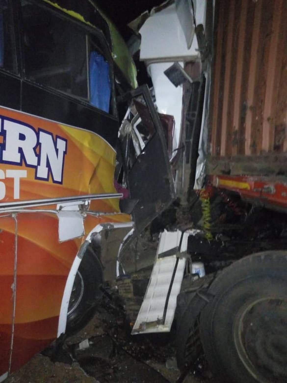 One person was killed and four others severely injured on Monday morning as a Modern Coast Bus, Kigali-bound collided with a Mercedes Benz cargo trailer.
