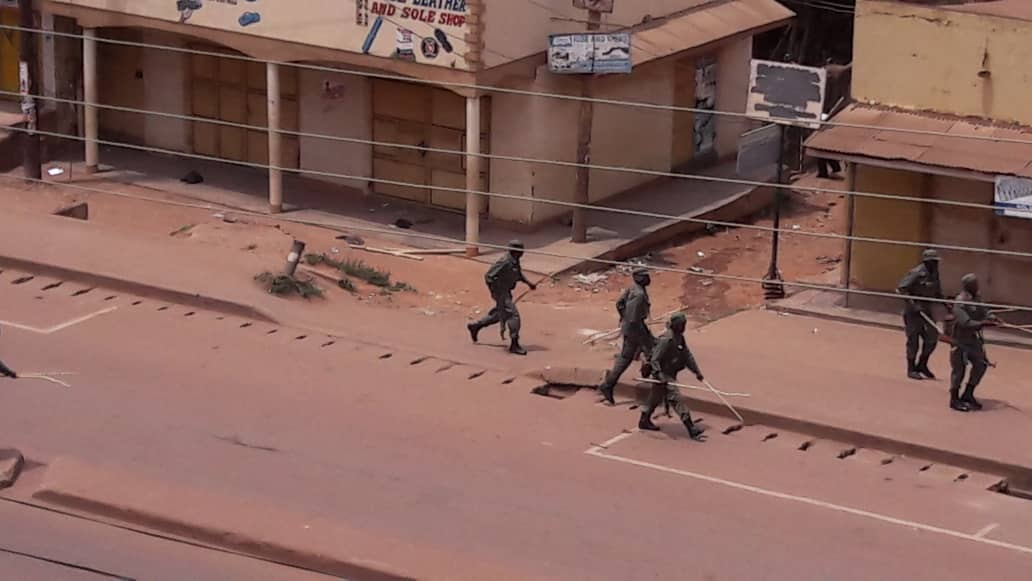 Joint security agencies on the streets of  Katwe settling the riot. (PML Daily Photo)