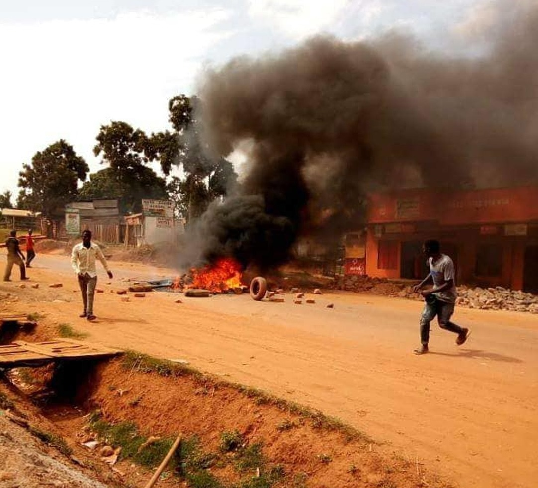 Scenes from Mityana town Sunday Morning August 19 as residents protested the gruesome otrture of Mityana MP Francis Zaake (PML Daily PHOTO)