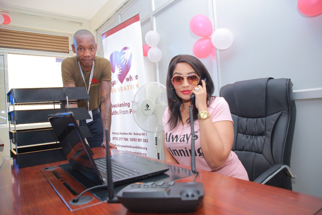 Socialite Zari and Bryan White last week in Arua where they held Brian White Foundation Charity campaign. (FILE PHOTO)