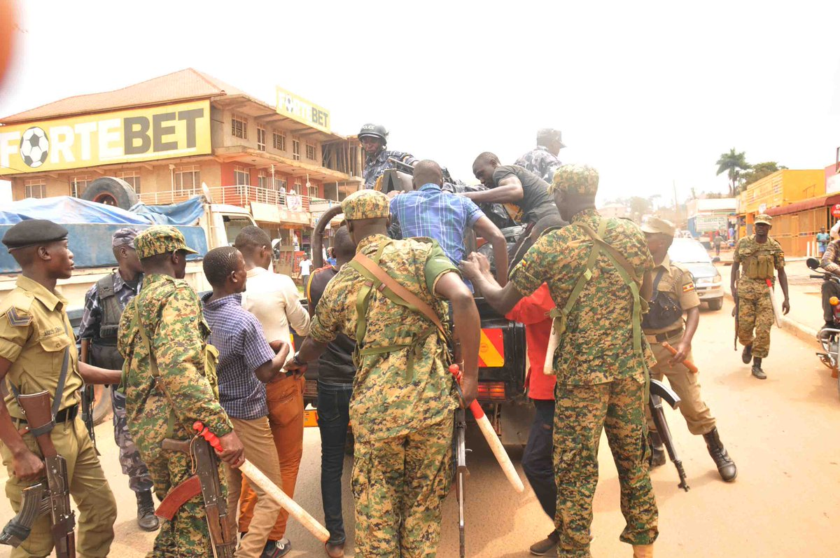 Military police arrest several people in fresh protest breakout in Mukono (PML Daily PHOTO)