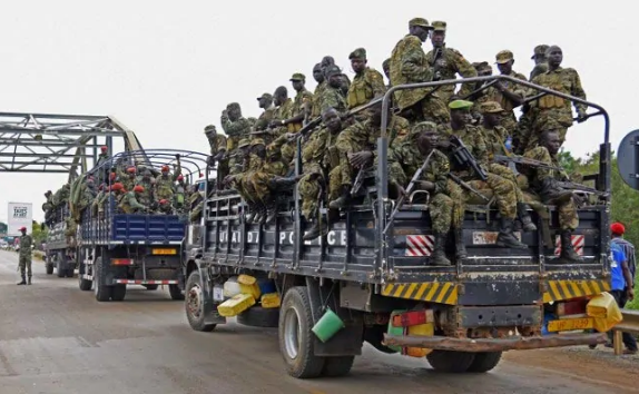 UPDF soldiers aboard a Police truck headed for the Uganda - South Sudan border (FILE PHOTO)