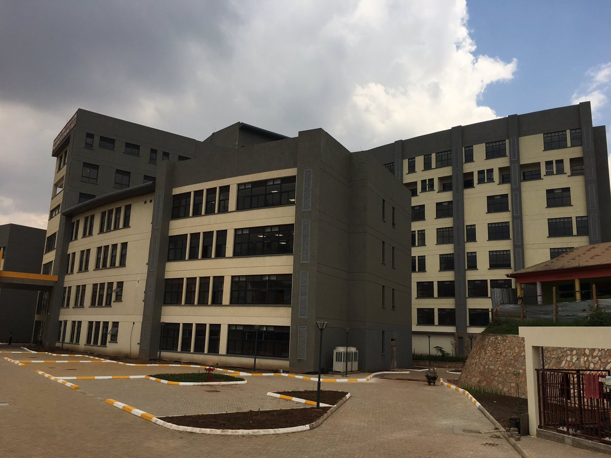 The Principal Administrator Mulago hospital David Nuwamanya said the newly constructed Mulago women's hospital has a presidential suite, VIP rooms and single rooms among others. (FILE PHOTO)