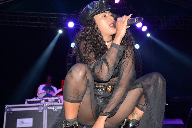 Sheebah-Karungi-on-stage-compressed