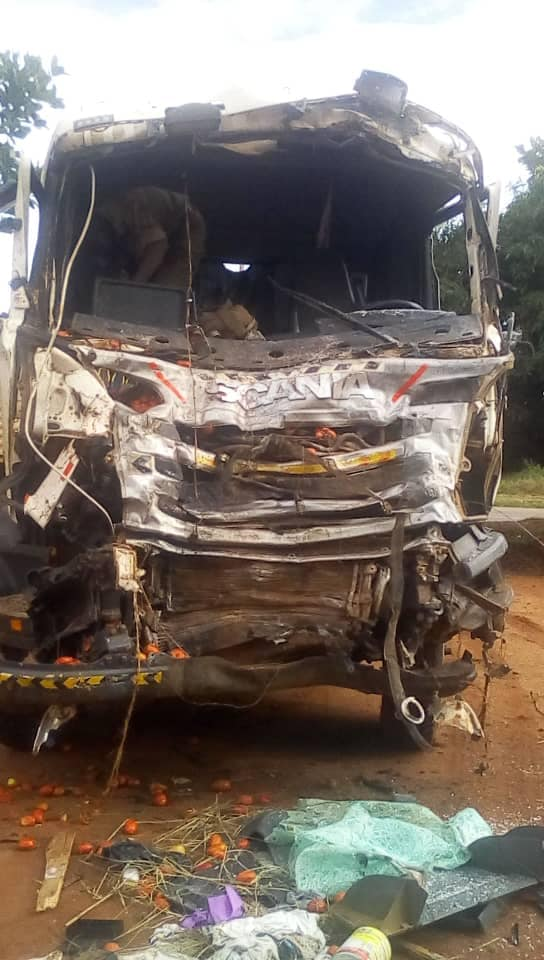The trailer, registration number UAT 139Q collided with an Isuzu truck October 20 (PML Daily PHOTO)