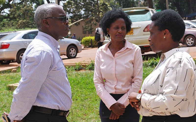 L-R: Vision Group's CEO-Mr. Robert Kabushenga and Head of Marketing and Communication-Ms. Susan Nsibirwa chat with Chairperson of the Uganda Manufacturers Association-Ms Barbara Mulwana after the 9th Pakasa Forum (PML Daily PHOTO)