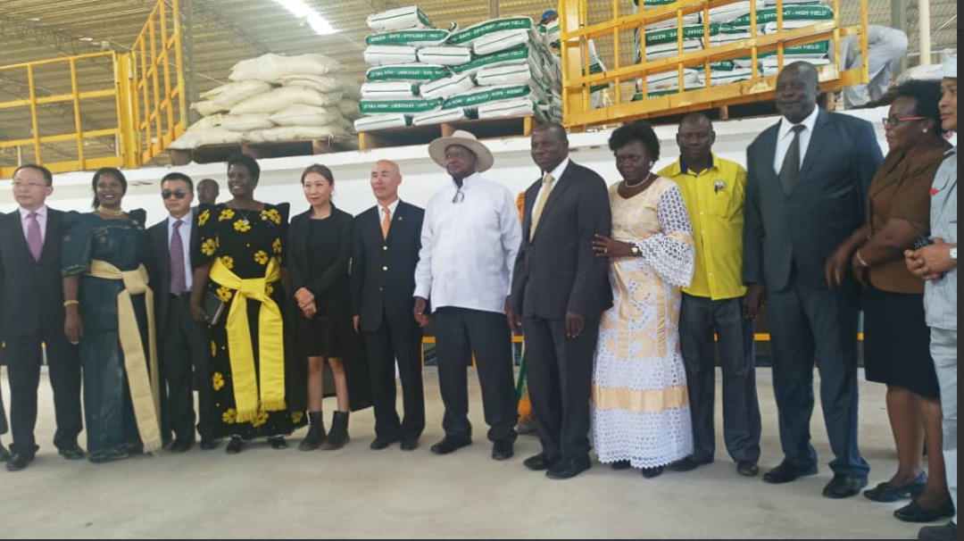 President Yoweri Museveni (White Shirt) and other government and Sukuru project investors in a group photo