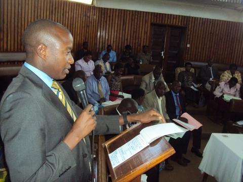 Mbarara Dictrict Chairman J.B Tumusiime Bamuturaki addressing Council meeting during a sitting held on 4th November 2016 at the Council hall.