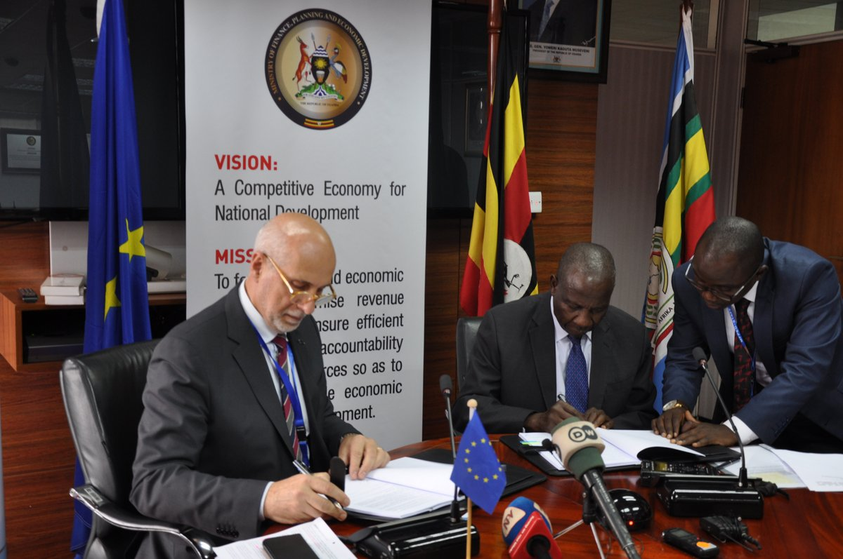 Head of EU mission in Uganda, Attilio Pacifici and Finance Minister Matia Kasaija addressing journalists after EU extended Euros 21.5 million (about Shs90 billion) towards the Tororo-Gulu railway construction (PML Dailly PHOTO)