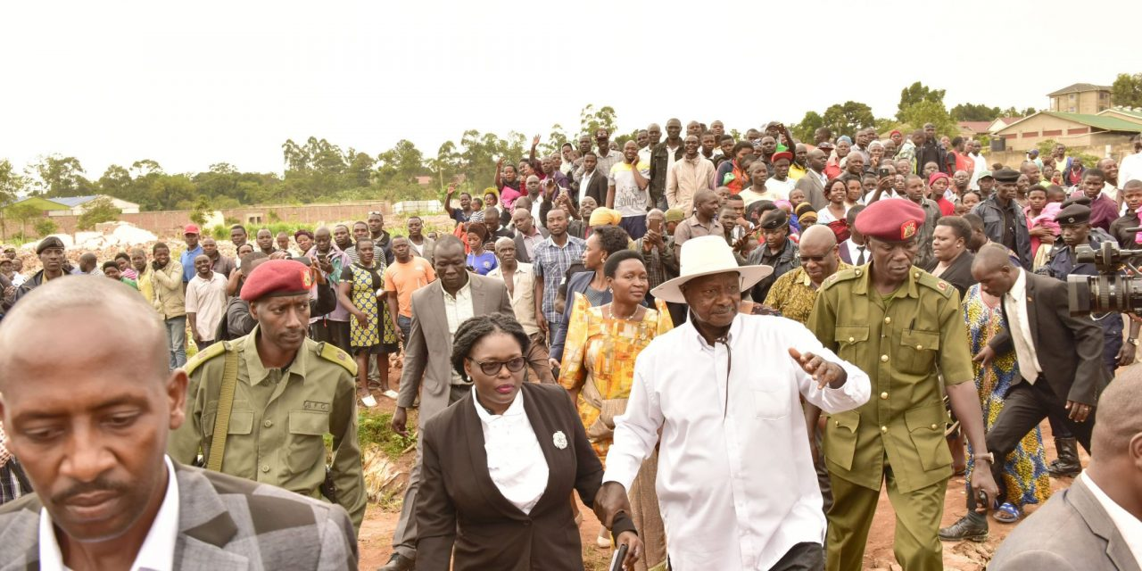 On Tuesday, October 16, President Yoweri Museveni paid a courtesy call to Lusanja Parish in Wakiso District.