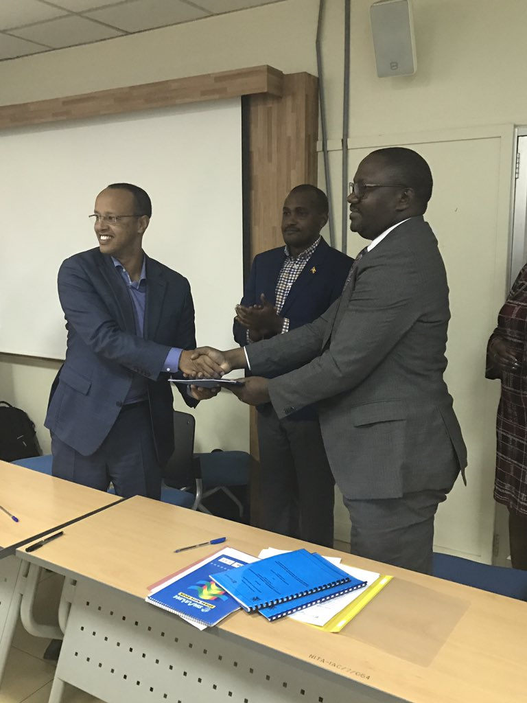 Happy to witness this morning the signing of an MOU for technical collaboration btn @Microsoft & @MoICT_Ug on mentoring of starts-ups