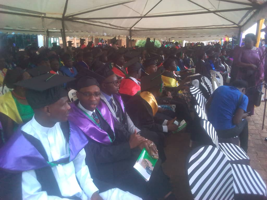 Graduands waiting for the confirmation of their respective disciplines. (Photo by Nelson Mandela)