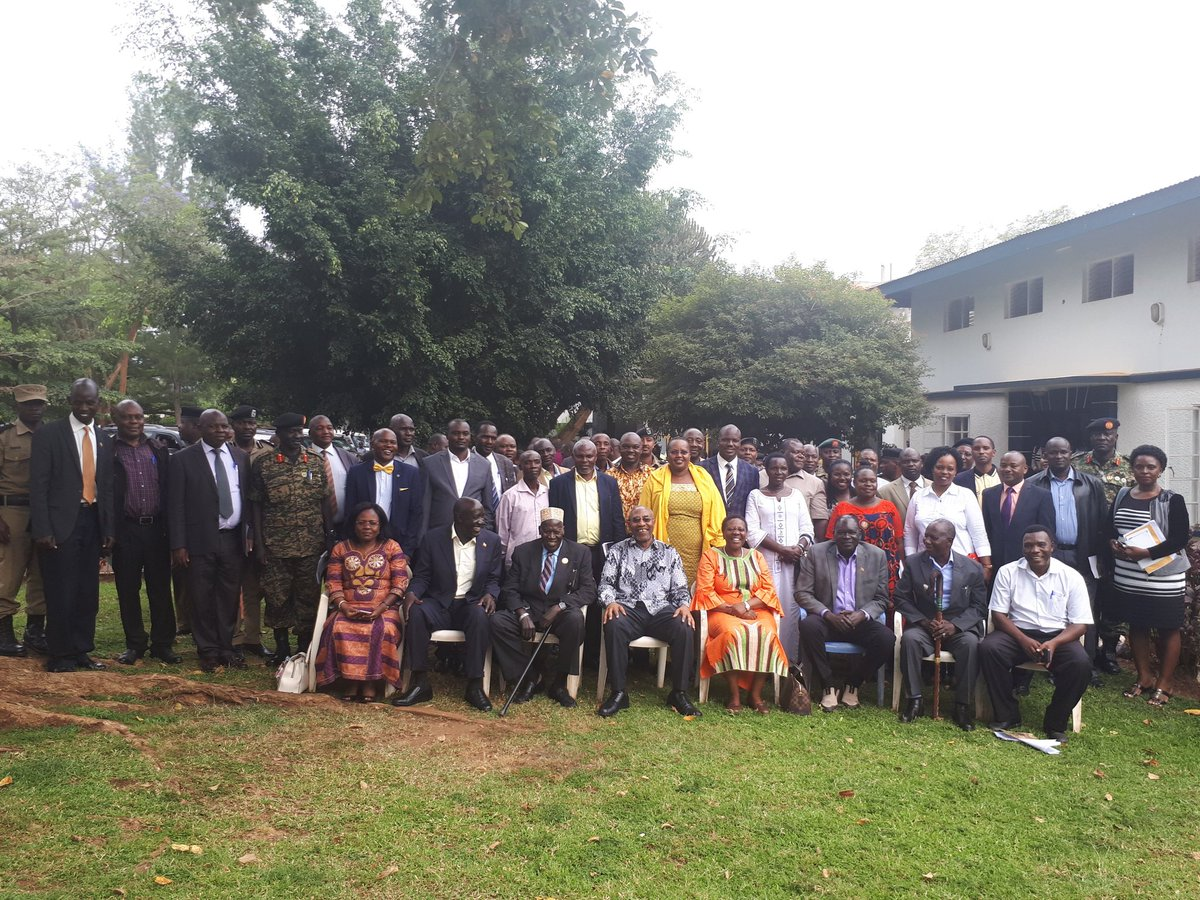 Government, represented by the PM Ruhakana Rugunda together with Bugisu and Sebei leaders held a meeting in Mbale,and agreed to promptly relocate and resettle those at the risk of landslides on the slopes of Mt Elgon, to safer places, starting with the victims of the recent Bududa landslides (PML Daily PHOTO)