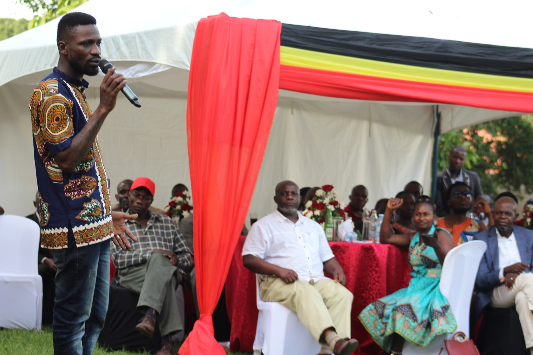 Kyadondo East MP Robert Kyagulanyi alias Bobi Wine has hosted leaders from his constituency to a Christmas luncheon at this residence in Magere, Wakiso (PML Daily PHOTO)