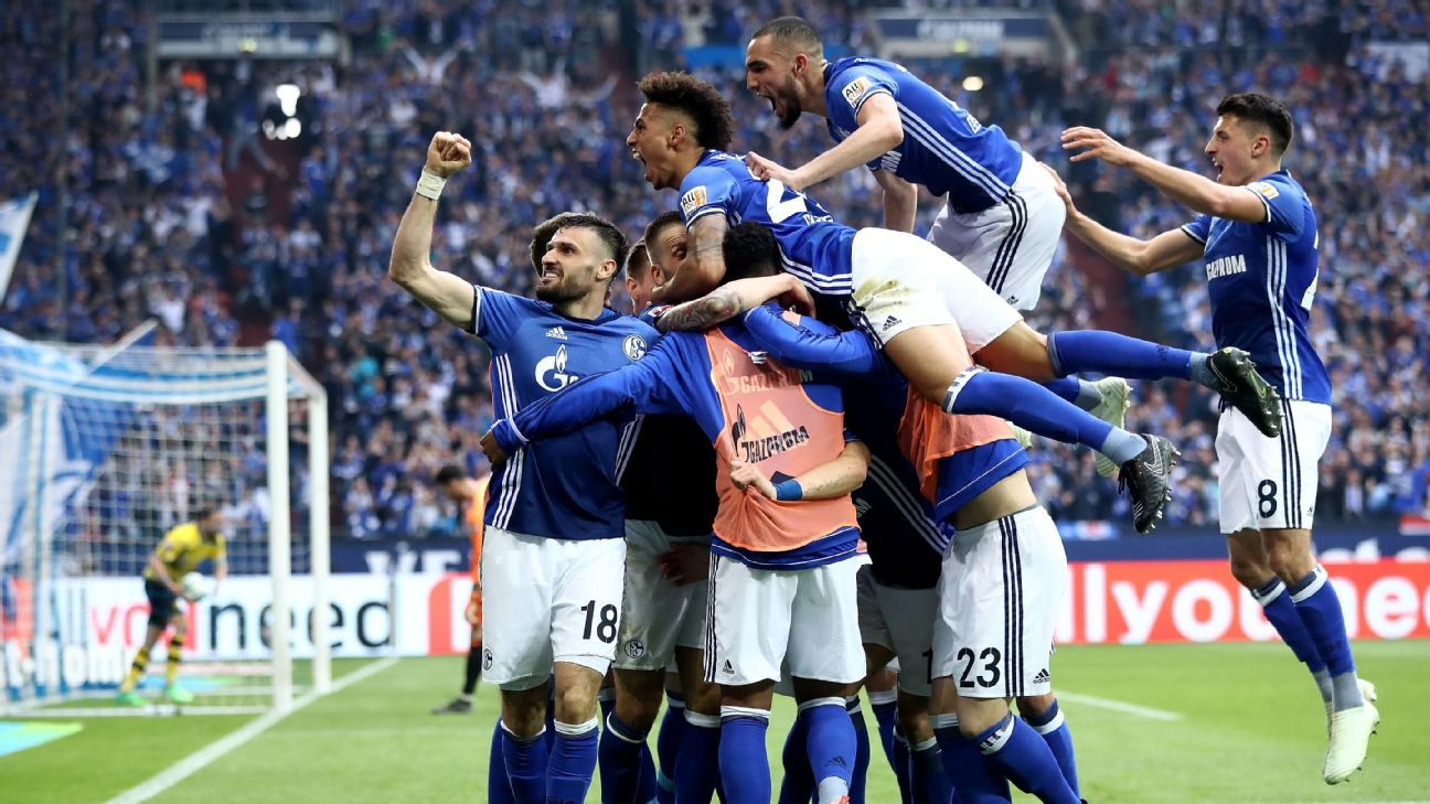 Schalke lost all of their first 4 games of the season (Photo by Agency)