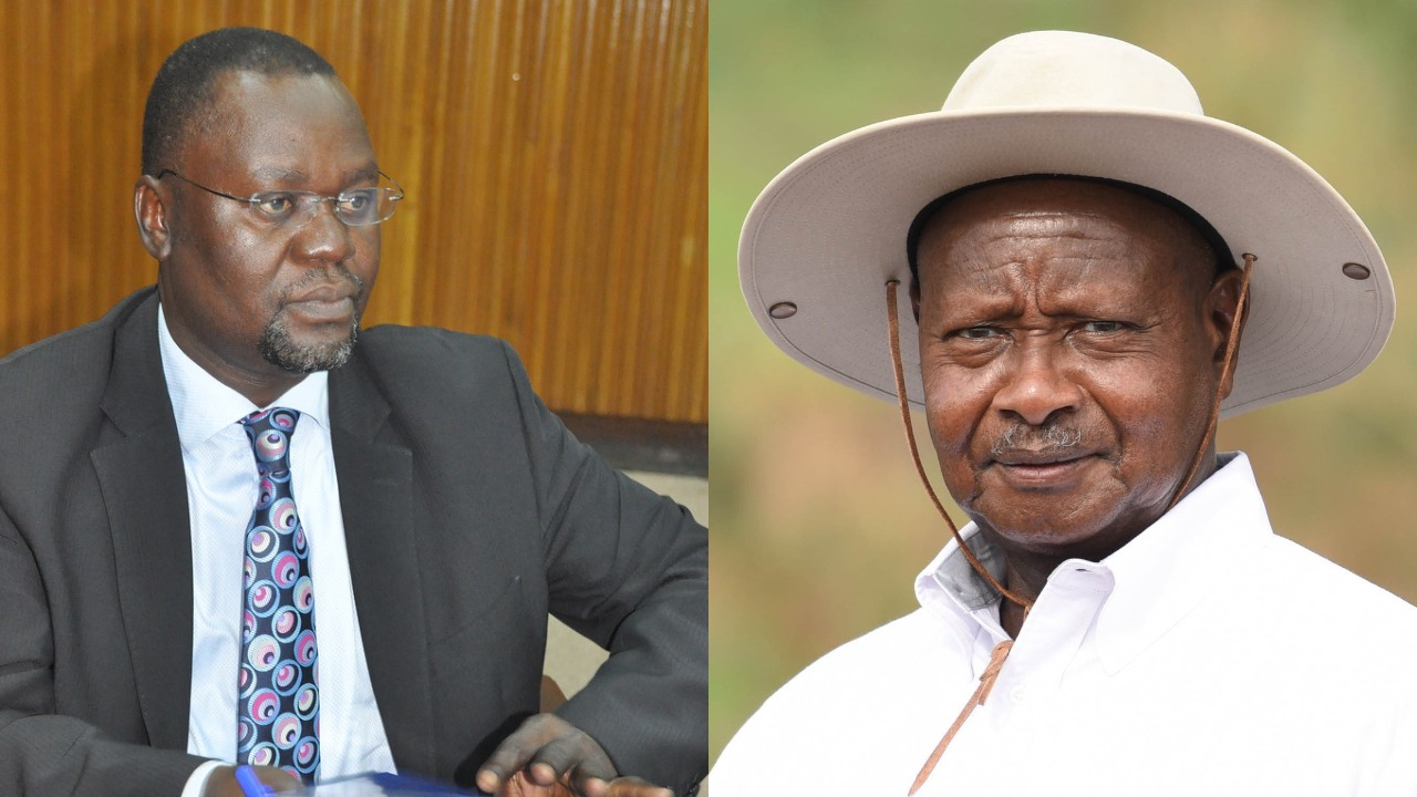 Chairperson of the Parliamentary Committee on Commissions, Statutory Authorities and State Enterprises (COSASE), Abdu Katuntu (L) has vowed to continued with the BoU probe amidst remarks made by President Museveni (FILE PHOTO)