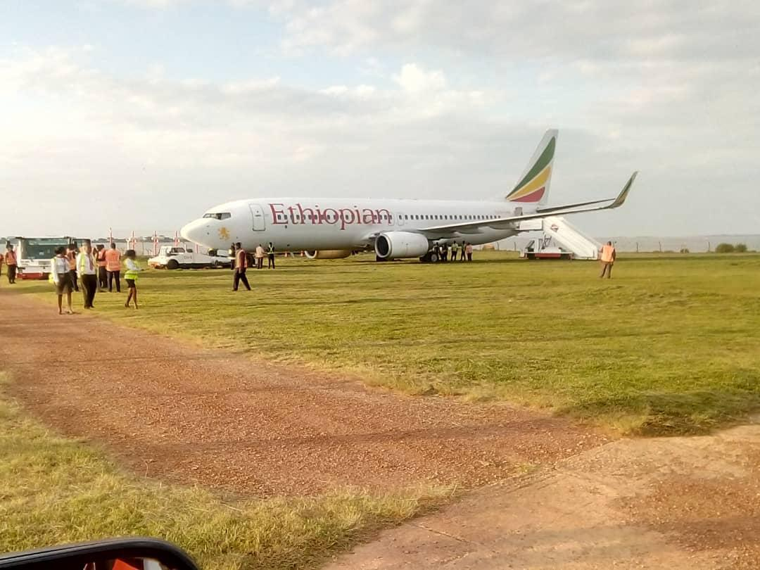 Ethiopian Airlines Flight No. ET 338, Boeing 737-800 overshot the runway to the lawn at Entebbe International Airport (PML Daily PHOTO)