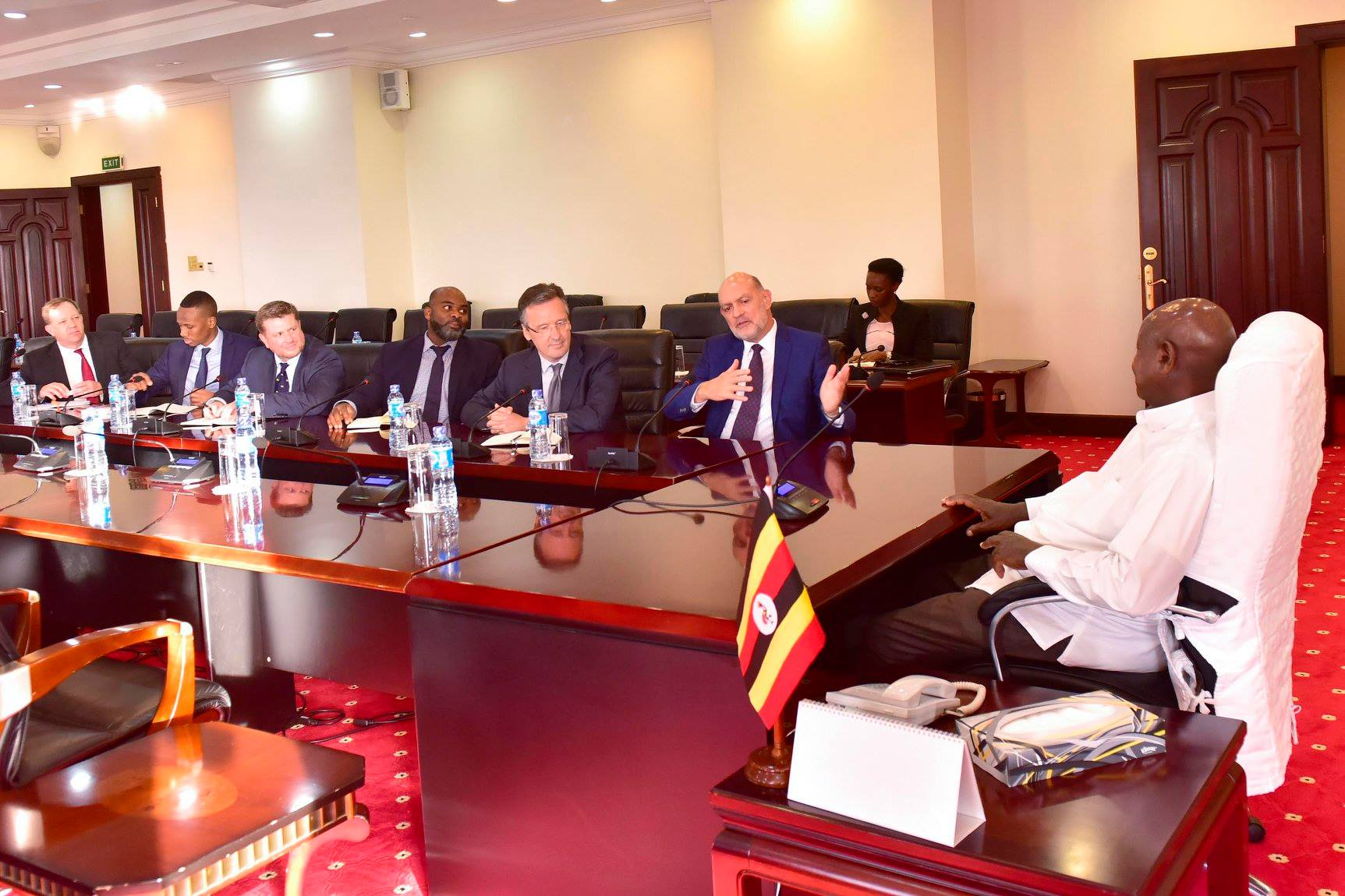President Museveni in a meeting with UK investors at State House Entebbe. (PPU PHOTO)