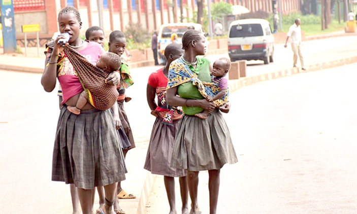 Street children -turned-mothers wals about the streets. Street children in Jinja have gone haywire breaking and destroying property in revenge for the killing of their colleague (FILE PHOTO)