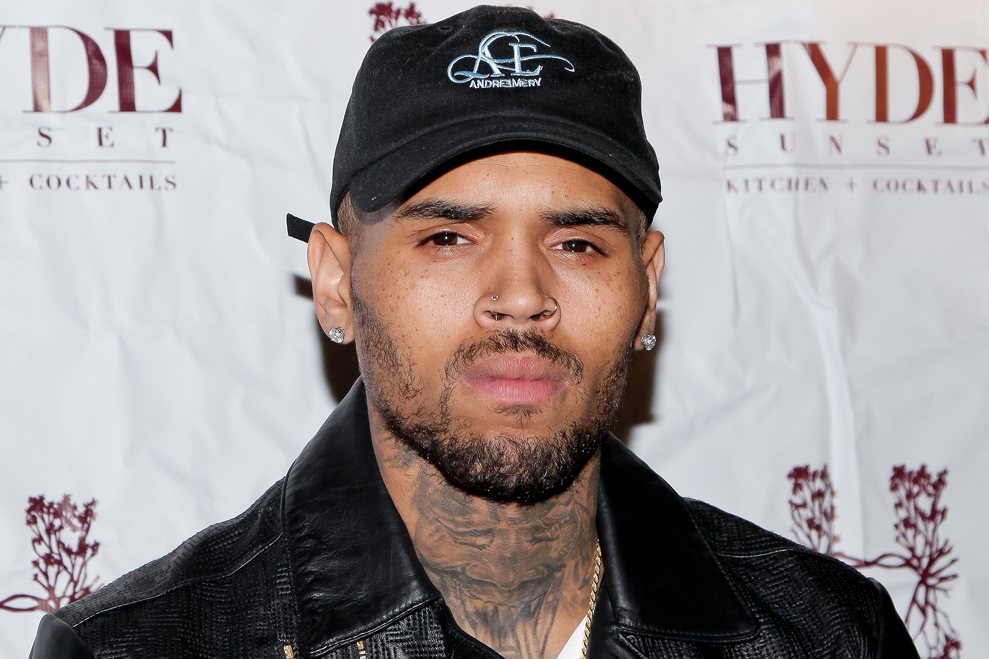 WEST HOLLYWOOD, CA - NOVEMBER 04:  Chris Brown attends 'The Lost Warhols' Collection exhibit at HYDE Sunset: Kitchen + Cocktails on November 4, 2015 in West Hollywood, California.  (Photo by Tibrina Hobson/Getty Images)