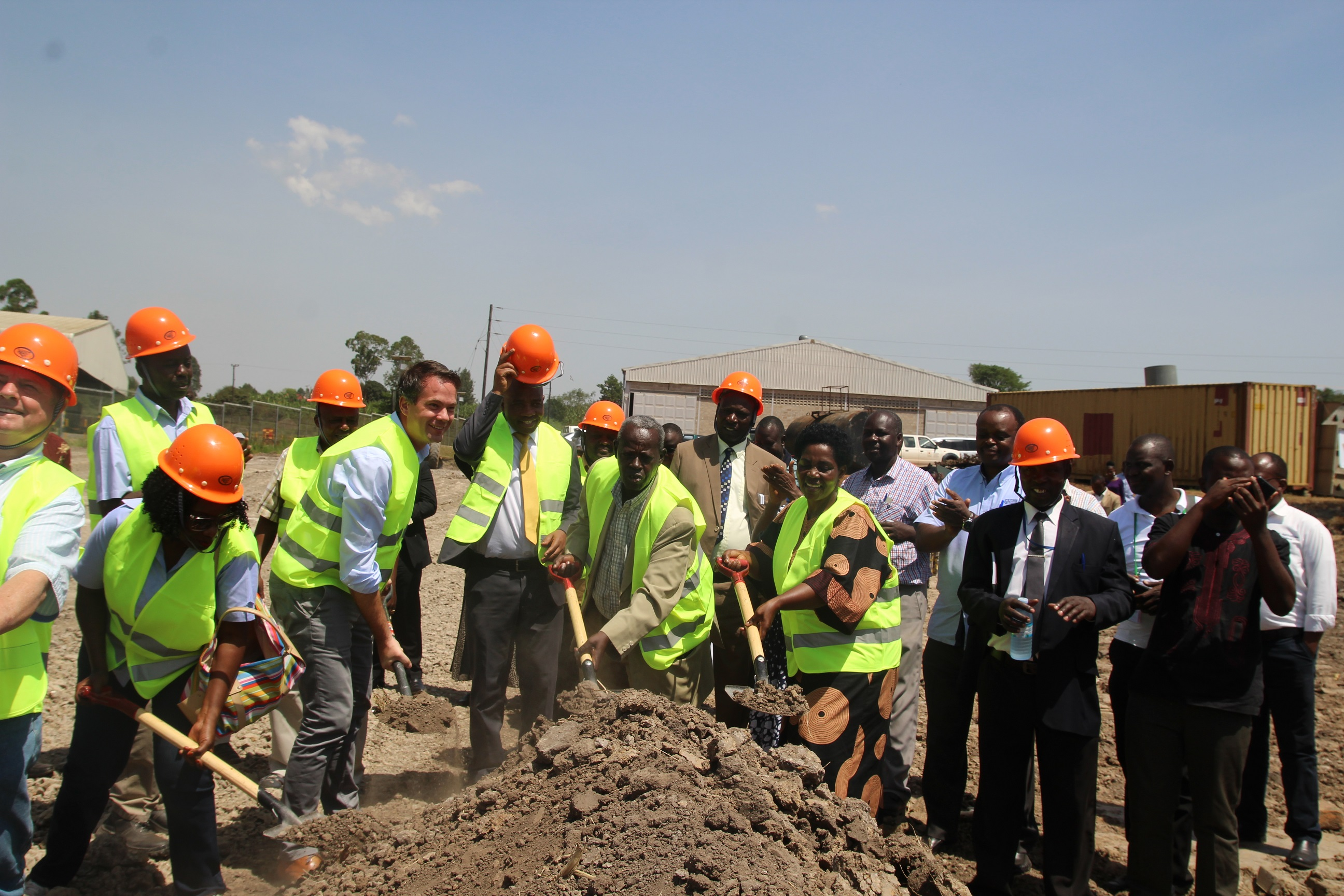 Officials from differrent stakeholders in maize value chain during the ground breaking for the construction of a Shs 20 billion grain facility in Mbarara.I