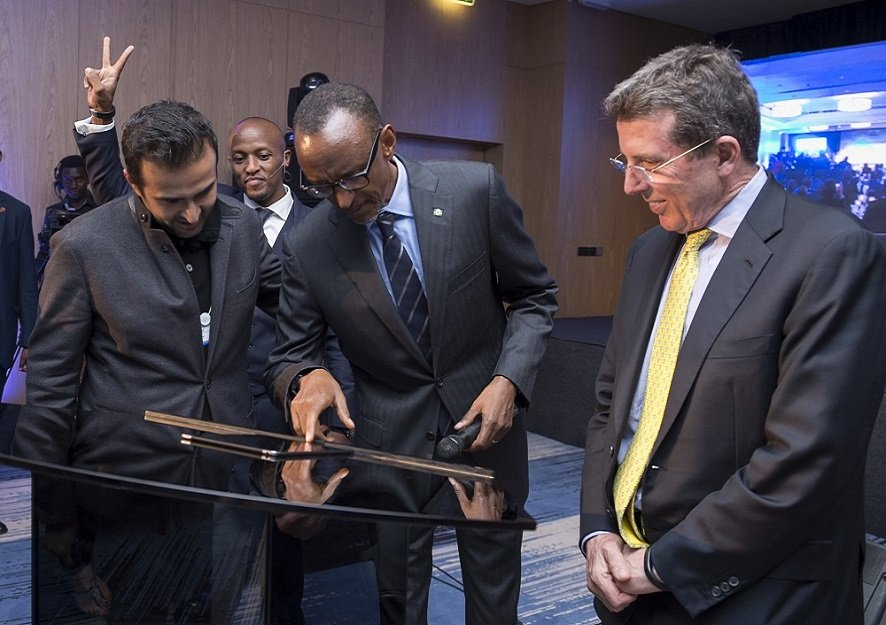 President Kagame with Ashish J. Thakkar, Mara Group Founder, at the BPR Atlas Mara Brand Reveal in Kigali during the World Economic Forum on Africa in 2016  (AGENCY PHOTO)