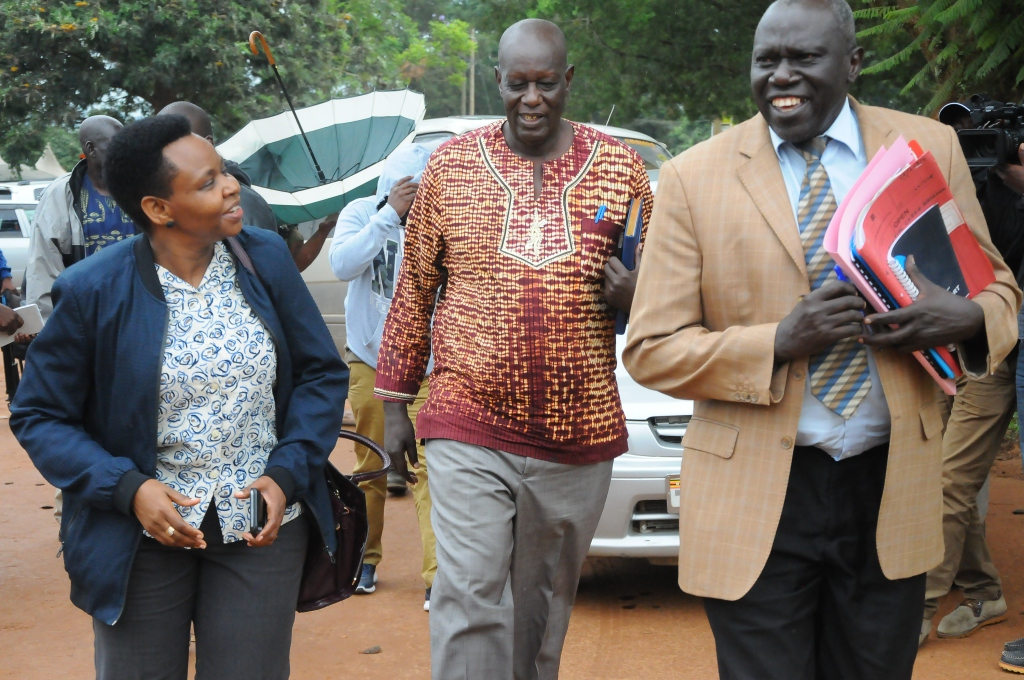 RDC Lt. Col James Mwesigye, CAO Esoku welcoming Lt. Col Edith Nakalema at the district. (PHOTO BY BOB AINE)