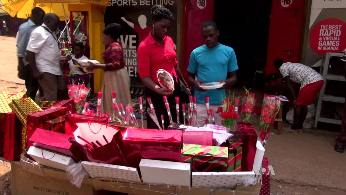 People buy gifts to ahead of Valentine's Day to surprise their loved ones. (FILE PHOTO)