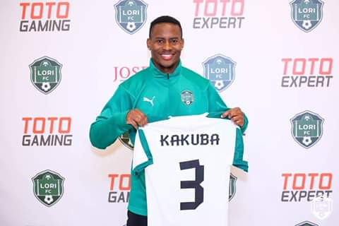 Kakuba poses with his Loris FC jersey after signing (Agency Photo)