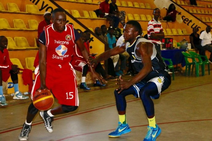 Okumu (left) was the League MVP in 2013 (Agency Photo)