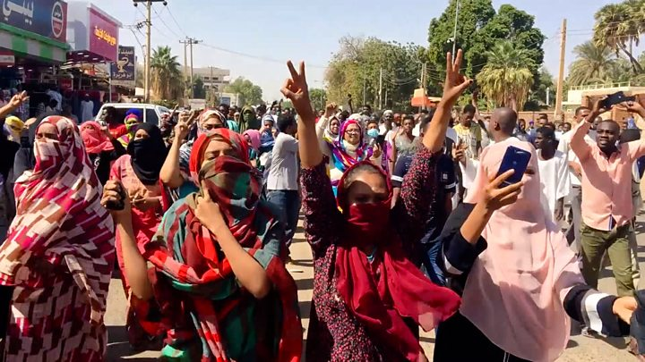 Sudan citizens protesting against military rule after the downfall of long serving Bashir. (PHOTO/FILE)