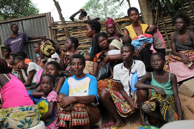 It is estimated that up to 60,000 people fled in April as a result of fighting around Kamango near the town of Beni