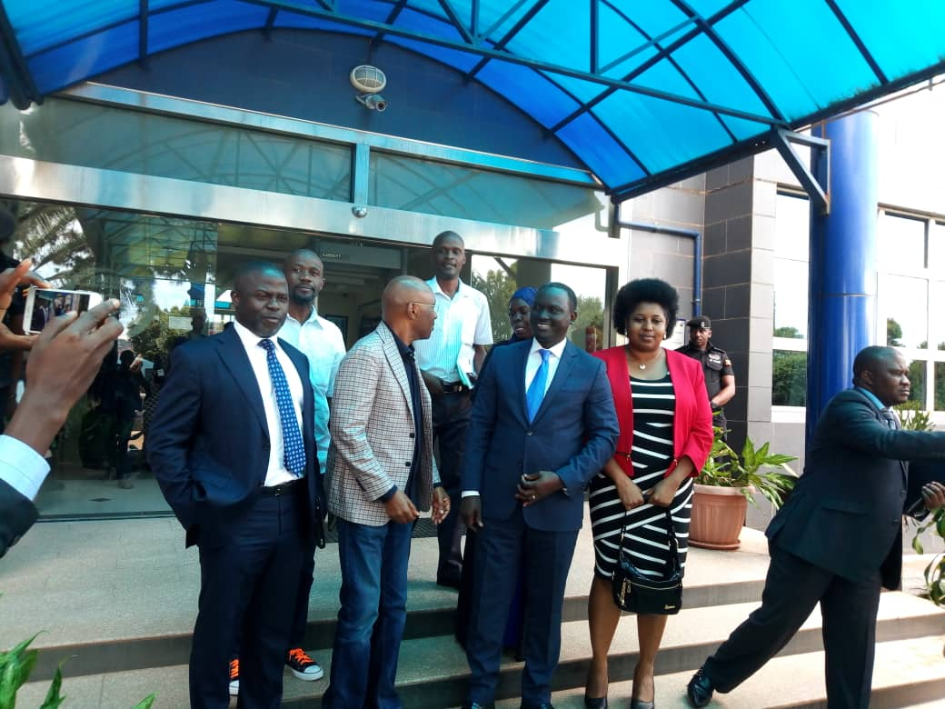 The Uganda Communications Commission (UCC) excutive direcetor has rescinded its order in which it asked 13 media houses to suspended its journalists over what they termed as violation of minimum broadcast standards.